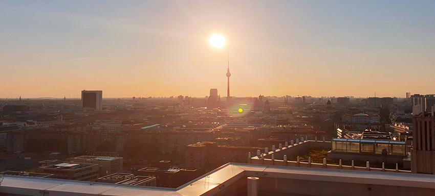 Ritz-Carlton Berlin Sanierung Entlüftungsleitung Schlauchliner Rohrsanierung RohrInnensanierung Hotel Luxushotel PolyLine im Einsatz